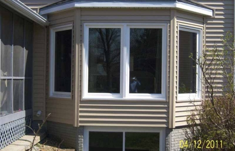 Replacement Window Installation - Hometown Restyling - Cedar Rapids, IA