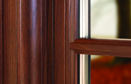 Woodgrain Casement Window - Hometown Restyling - Cedar Rapids, IA