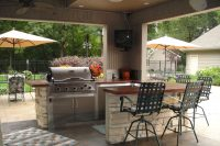 Iowa Outdoor and Backyard Living Spaces | Bar &* Grill | Home Town Restyling