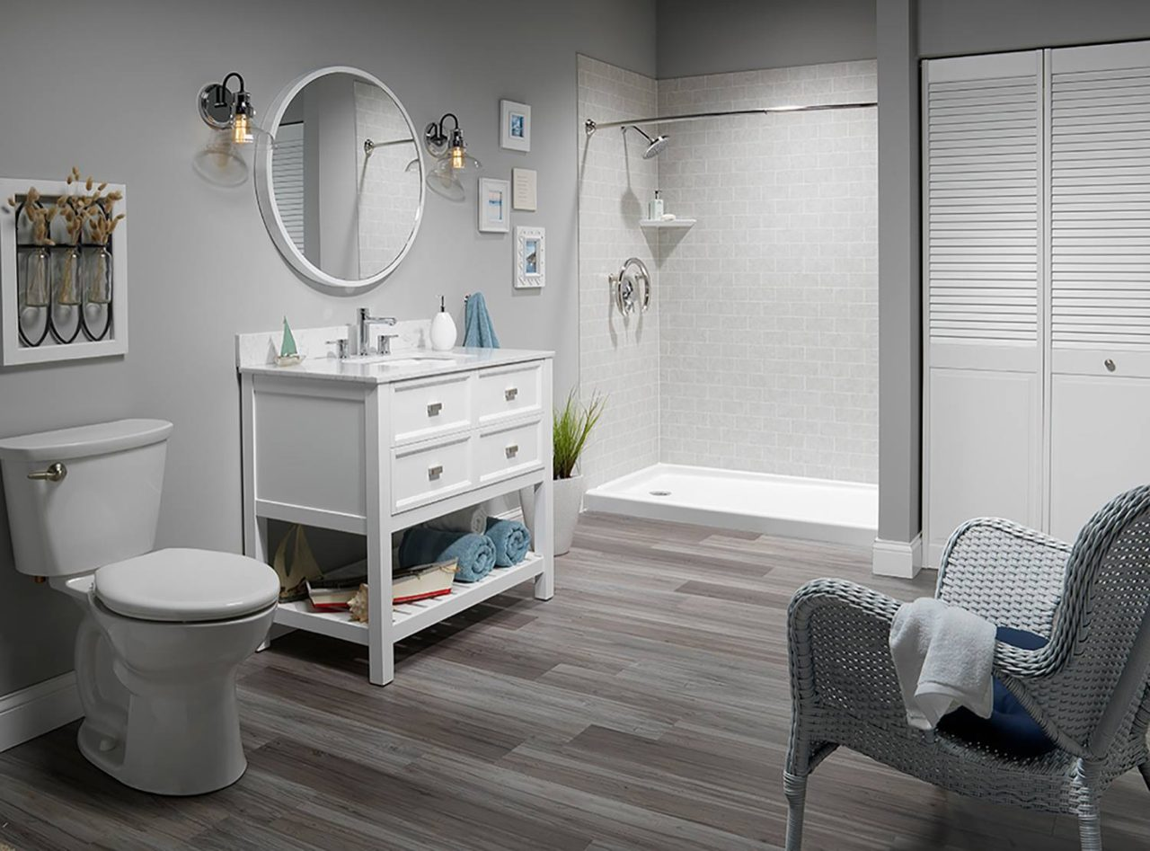 Bathroom Remodeling Trends | White Walk In Shower